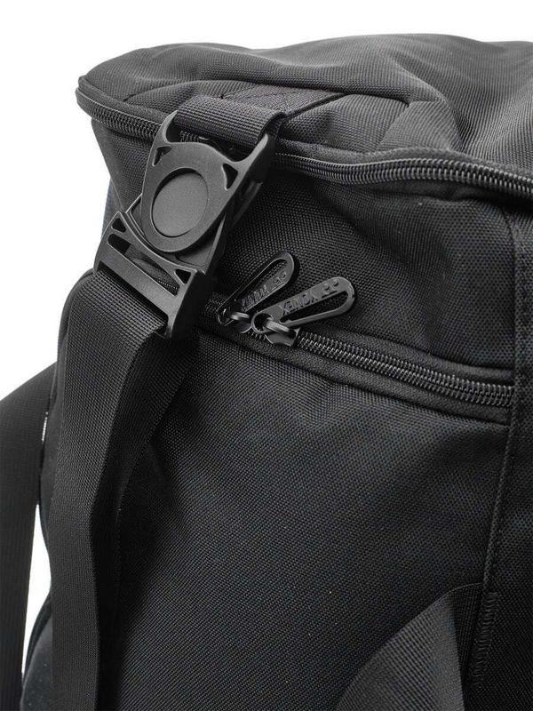 Сумка для тренировок Yonex BAG92031 Pro Two-Way Duffle Bag